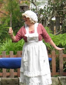 Mrs Farmerswife with her knife, Harvey